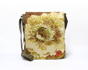 Gemma - Vintage Fabric Upcycled Canvas Bag by EllaOsix - canvas messenger - crossbody bag - blue floral bag - retro shoulder bag