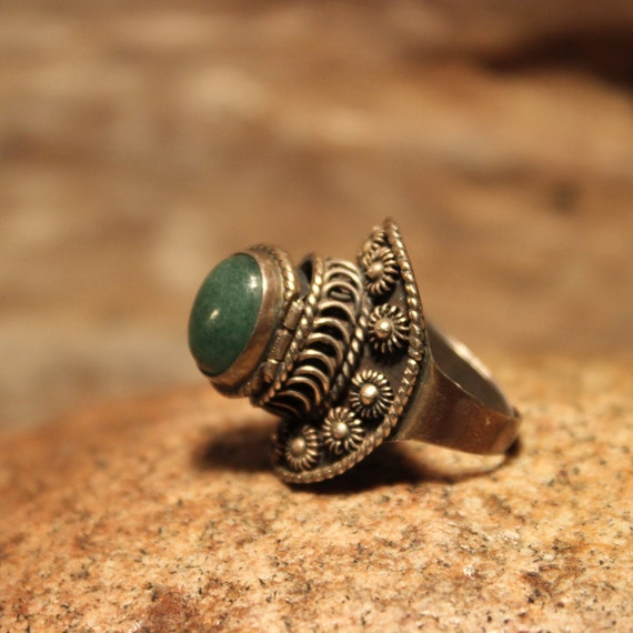 Vintage Silver Poison Ring 10.4 Grams Sterling Silver Poison Ring Size 6.5 Adjustable Womans Ring Mens Malachite Ring Mexico Poison Rings
