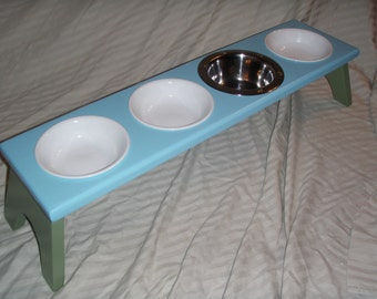 Raised / Elevated Cat Feeding Station - 4 Bowl
