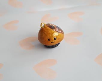 Kawaii gold treasure cupcake charm
