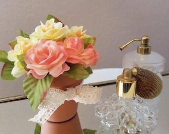 Pretty Rose Arrangement