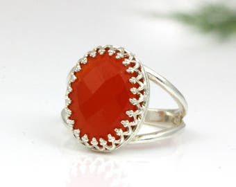 SUMMER SALE - Red onyx ring,silver ring,oval ring,anniversary ring,red ring,double band ring,chic ring,everyday ring