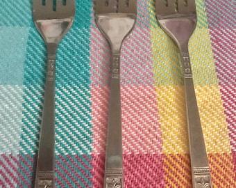 Custom Craft Fleur de lis 3 pieces flatware small fork