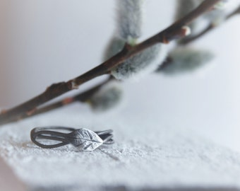 leaf ring sterling silver branch twig ring nature jewelry jewellry outdoor woodland entwined nest ring spring stackable stacking vines buds