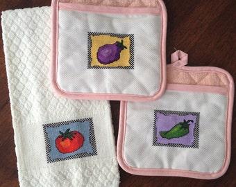 Kitchen Veggies —Towel and Potholder Cross Stitch Patterns