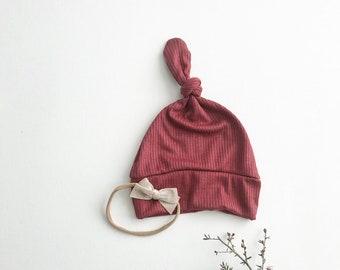 Beanie/Hat - Infant Knot Beanie in Burgundy Knit