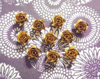 10 Brass 12mm Roses