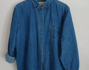 denim button up with brown collar