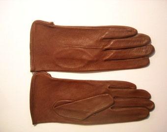 Women's Deerskin driving Gloves  1980's