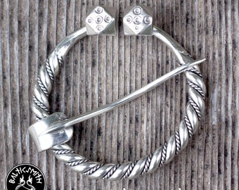 Latvian Penannular brooch in sterling silver