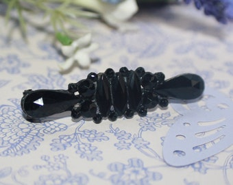 Beautiful Hand Crafted Victorian Jet Bar Mourning Brooch