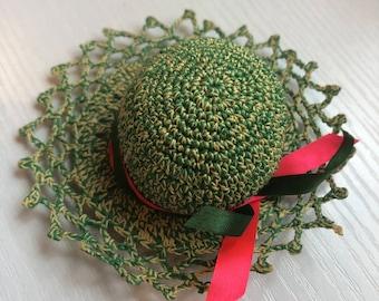 Darling Little Vintage Green Hat Pincushion