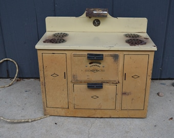 Vintage Metal Child's Stove ~ Empire Metal Electric Toy Stove and Oven with Working Heat and Lamp