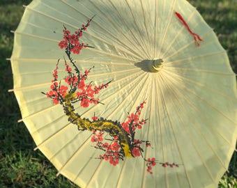 Asian parasol, silk parasol, umbrella , yellow, flowers, boho decor, asian decor, chinese, sun shade, vintage  parasol,
