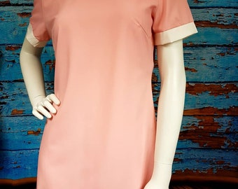 Cute 60s / 70s minidress, size 12.