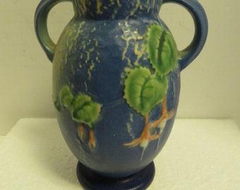 Vintage Roseville Blue Fuschia Urn 892-6. Art Pottery