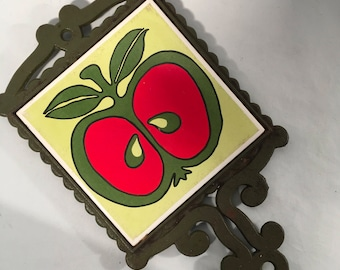 Mod Enesco apple tile trivet Red green and yellow 1970s kitchen style