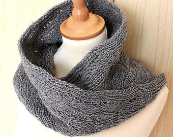 Knitting Pattern  Cowl  Moebius- Unisex  (pdf file)