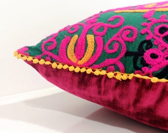 Pink Velvet Throw Pillow Vintage Boho Pillow Case with Pink Boho Pillow Cover Green Decorative Pillows For Couch Pillow Cover Embroidered