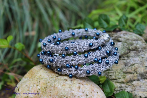 Tutorial Coated Steel Wire Crochet Bracelet with Beads