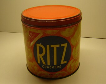 Nabisco Ritz Cracker vintage round tin, storage container,collectible, advertising tin, early 70s, tin collector , country farmhouse kitchen