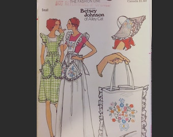 Vintage 70s BETSEY JOHNSON Ruffled Apron Pinafore Dress Floppy Hat Millinery Purse Tote Bag Sewing Pattern Butterick 4090 Small