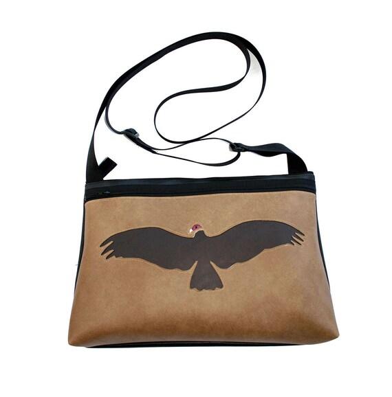 Vulture, tan vinyl, medium crossbody, vegan leather, zipper top