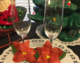 Christmas Wedding Toasting Glasses /