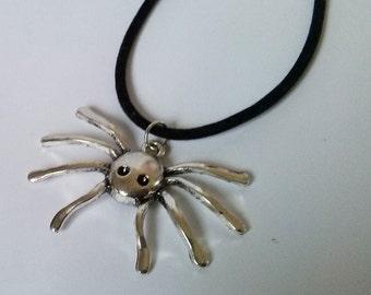 Spider Necklace , Goth Jewelry , Velvet Necklace , Large Spider Necklace , Handmade Jewellery , Handmade Jewelry , Gothic , Punk , Kitsch