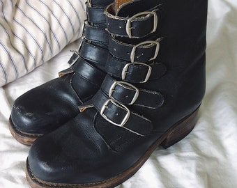 Vintage 90s // BADASS LEATHER BUCKLE Boots // Heavy Duty Festival Goth Combat Boots // Transport // Size 6.5 - 7