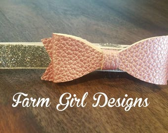 Baby Bow / Baby Headband / Coming Home Outfit / Newborn Bow / Faux Leather / Faux Leather Bow / Headband / Hair Clip / Baby Bow / Glitter
