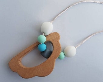 Silicone bead wooden cloud pendant teething necklace