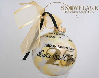 HAPPY 10th, 25th, 50th ANNIVERSARY! PERSONALIZED Glass Christmas Ornament Keepsake Gift