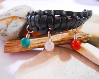 Agate Leather Charm Bracelet Green White Red Jewelry Italy or Mexico Bracelet Gemstone Bracelet Leather Paracord Bracelet Bolivian Jewelry