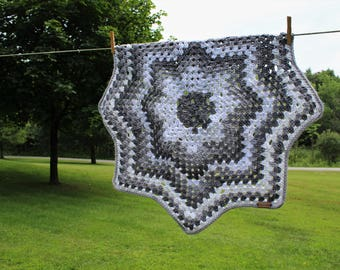 Crochet Multi Gray Granny Star Baby Blanket