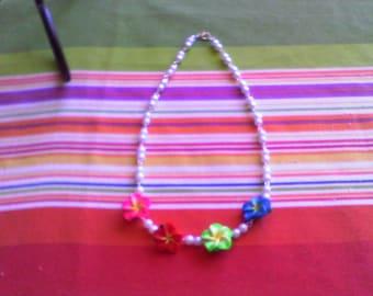 Island Flower........necklace