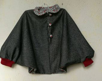 Adorable little knee-length cape 100% wool fully lined Liberty (from 18 months to 10 years)