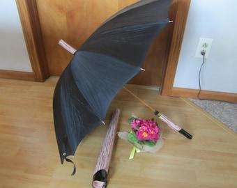 vintage umbrella in zipper case,black and pink umbrella,photo prop,display umbrella,classy umbrella,black umbrella,wood handle umbrella