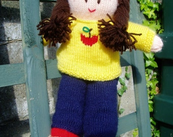 PDF Knitting Pattern - Dressing-Up Doll