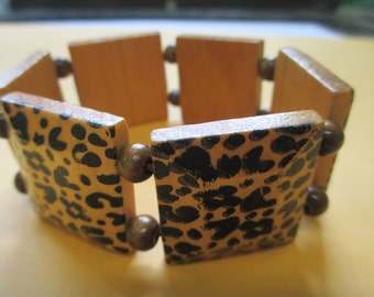 Stretch lightweight wooden leopard design used no markings