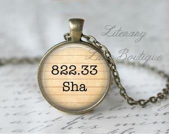 Shakespeare '822.33 Sha' Dewey Decimal, Library Books, Reading Necklace or Keyring, Keychain.