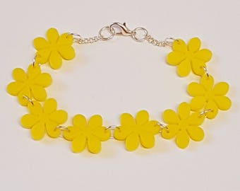 Flower Chain Bracelet - Acrylic