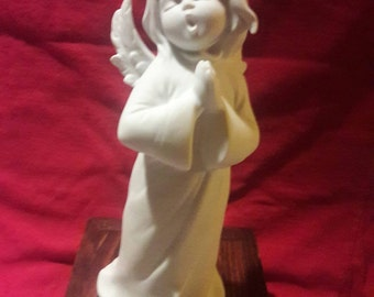 Rare Kaiser Germany Bisque Singing Angel Figurine 1992