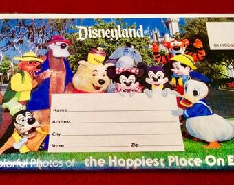Vintage Disneyland 26 Photo Souvenir Postcard Packet