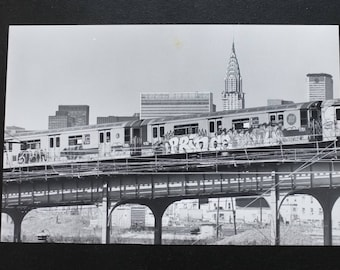 New York Skyline Vintage Original Press Photo 1981 Subway Chrysler Building NYC