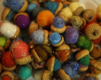 Felted Acorns for Fall