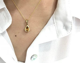 Bezel Set Pear Cut Citrine Necklace in 14K Yellow Gold