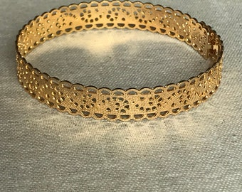Bracely lace adjustable 3 microns Openwork, gold plated Bangle