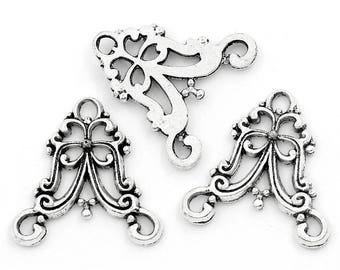 Baroque style in antique silver (x 4) connector