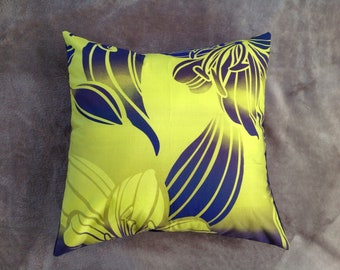 Hibiscus Throw pillow cover